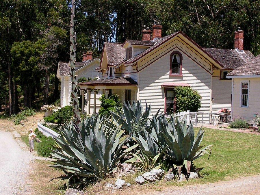 Angel Island - ExplorationVacation P5300131 houses on base