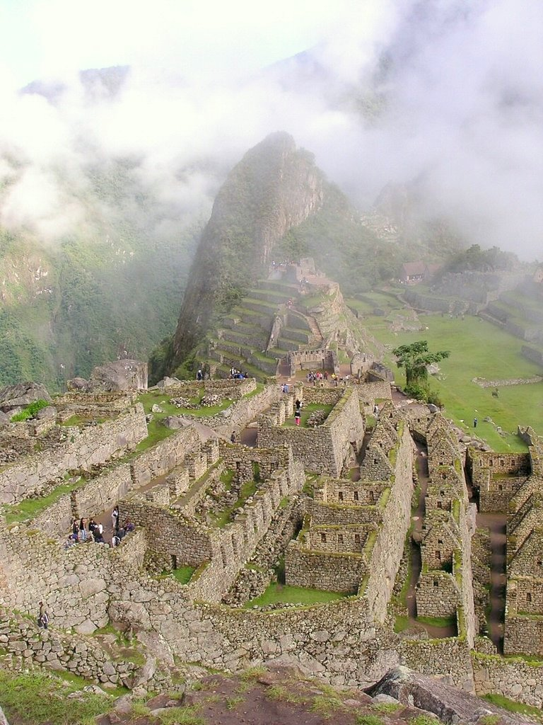 Machu Picchu Peru - ExplorationVacation P1010088