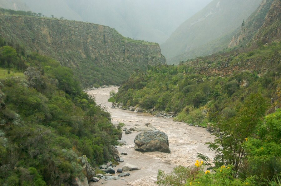 Peru - Urubamba River - ExplorationVacation 2005-12-30_11_50_09