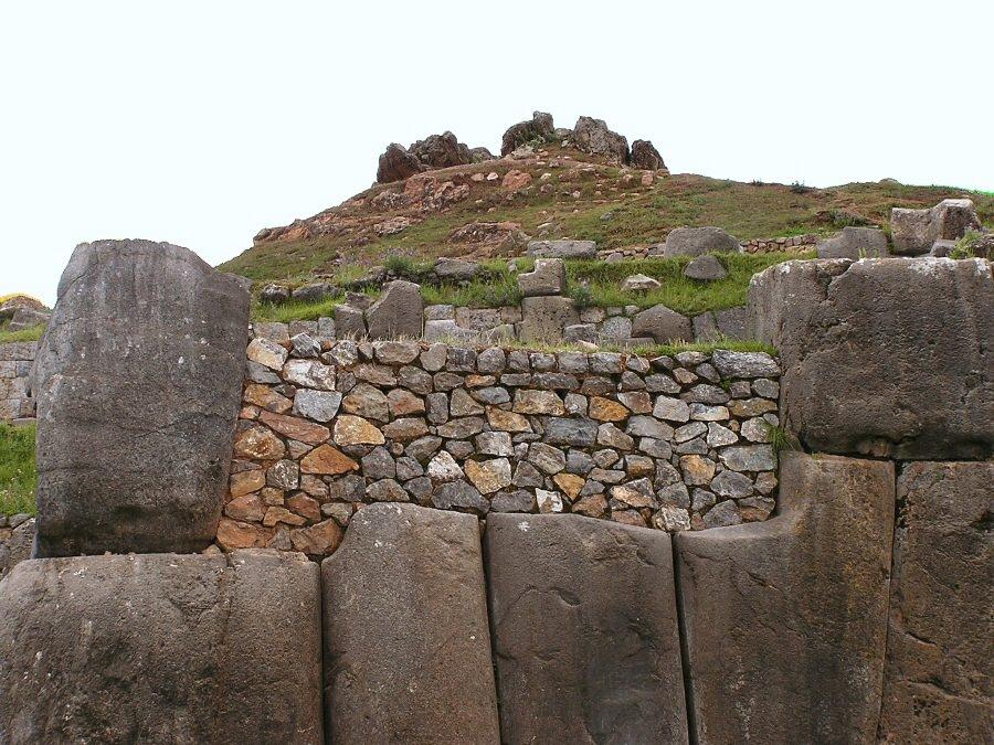Sacsayhuaman Cuzco Peru - ExplorationVacation P1010010