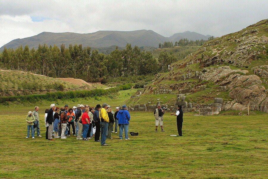 Sacsayhuaman Cuzco Peru - ExplorationVacation P1010021_0