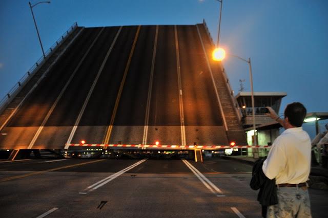 lift bridge opening