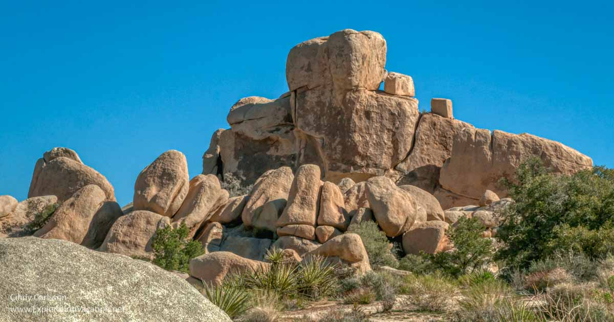 Giant boulders in Joshua Tree National Park