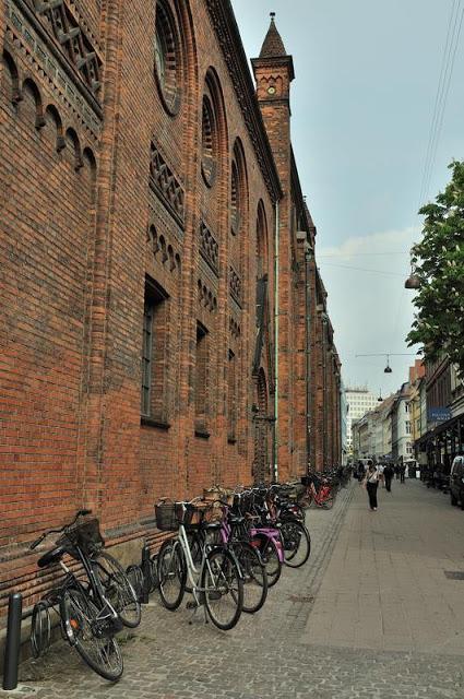 Bikes along the street near Copenhagen's Round Tower - ExplorationVacation.net 4-DSC_2171