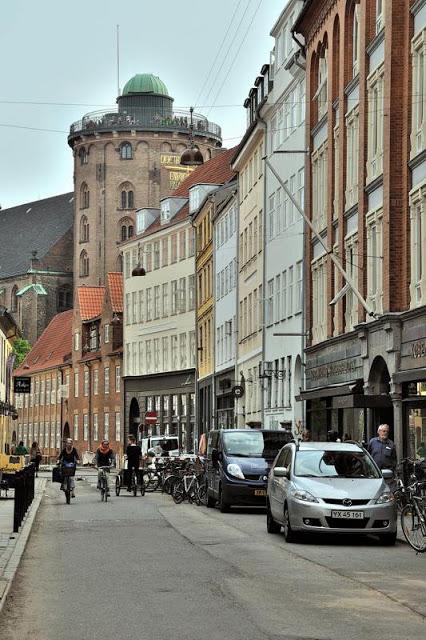 Street scene near Copenhagen's Round Tower - ExplorationVacation.net 6-DSC_2173