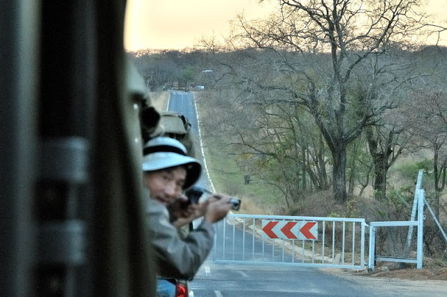 Waiting to enter Kruger National Park, South Africa - ExplorationVacation.net
