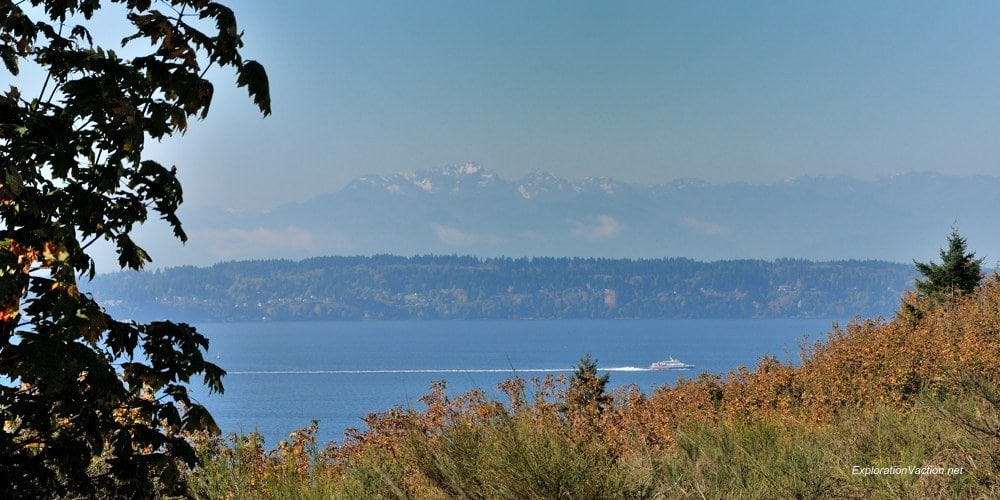 Discovery Park 13 20131014-DSC_8599 the Olympics from Discovery Park Seattle Washington