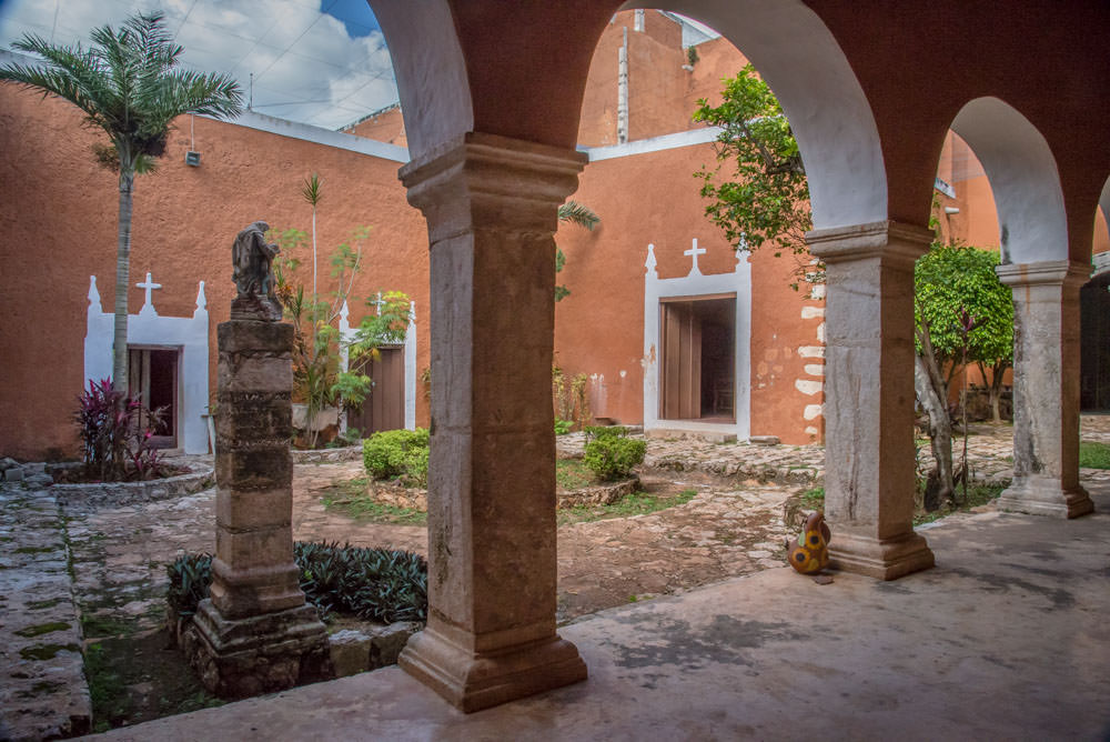 Colonial church in Mama, Mexico - ExplorationVacation.net