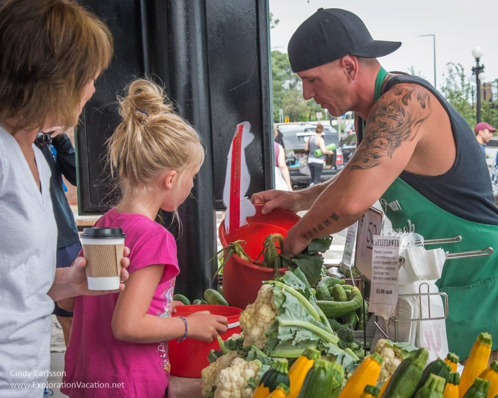 getting veggies for children Saint Paul farmers market