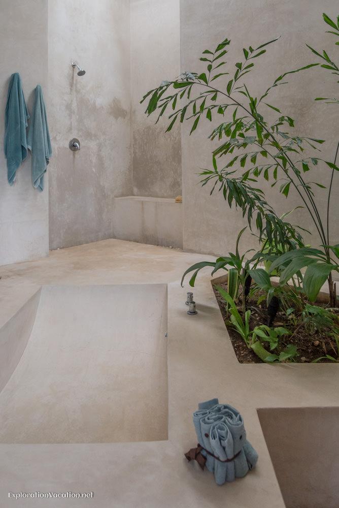 master bath La Calle Escondida Merida