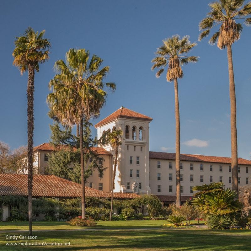 Santa Clara college