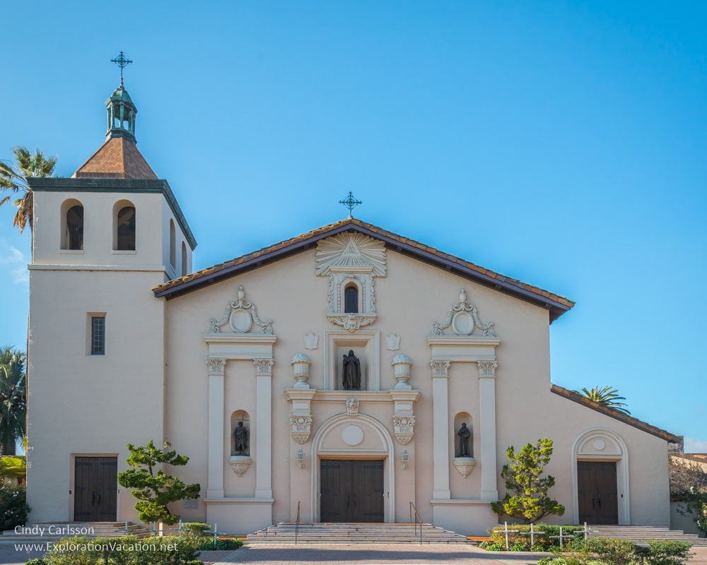 A visit to mission santa clara de asis california for Mission stucco