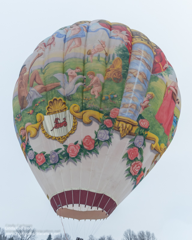 hot air balloon Amadeus