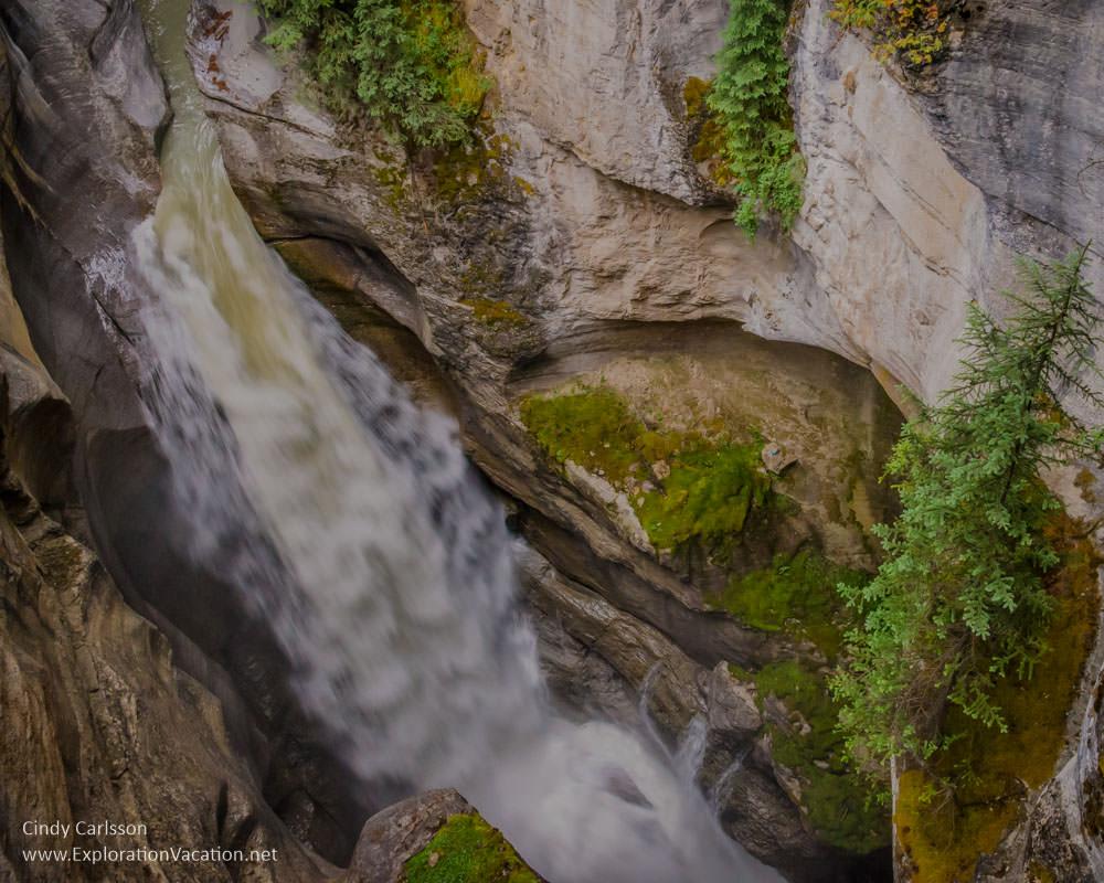 Maligne Canyon in Jasper NP, Canada - ExplorationVacation.net