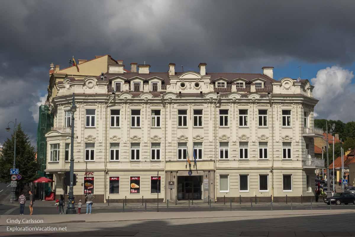 building Vilnius Lithuania - www.explorationvacationet