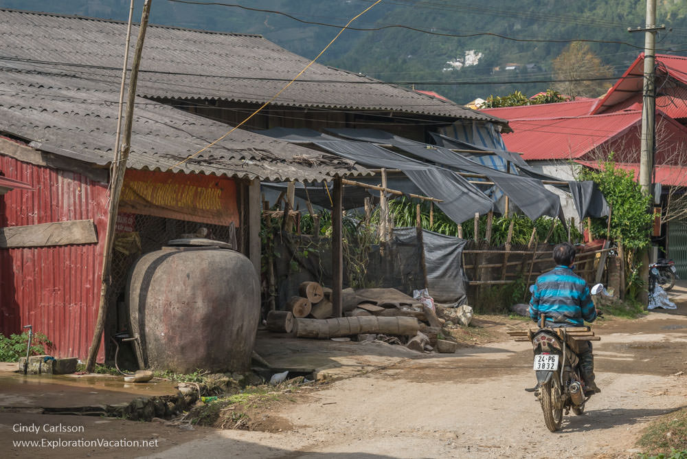Northern Vietnam road trip Red Dao village Sapa - ExplorationVacation