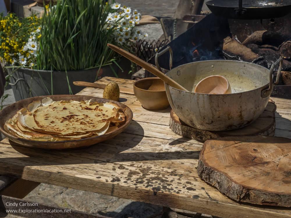 crepes 2017 Guerande Medieval Festival France - www.ExplorationVacation.net