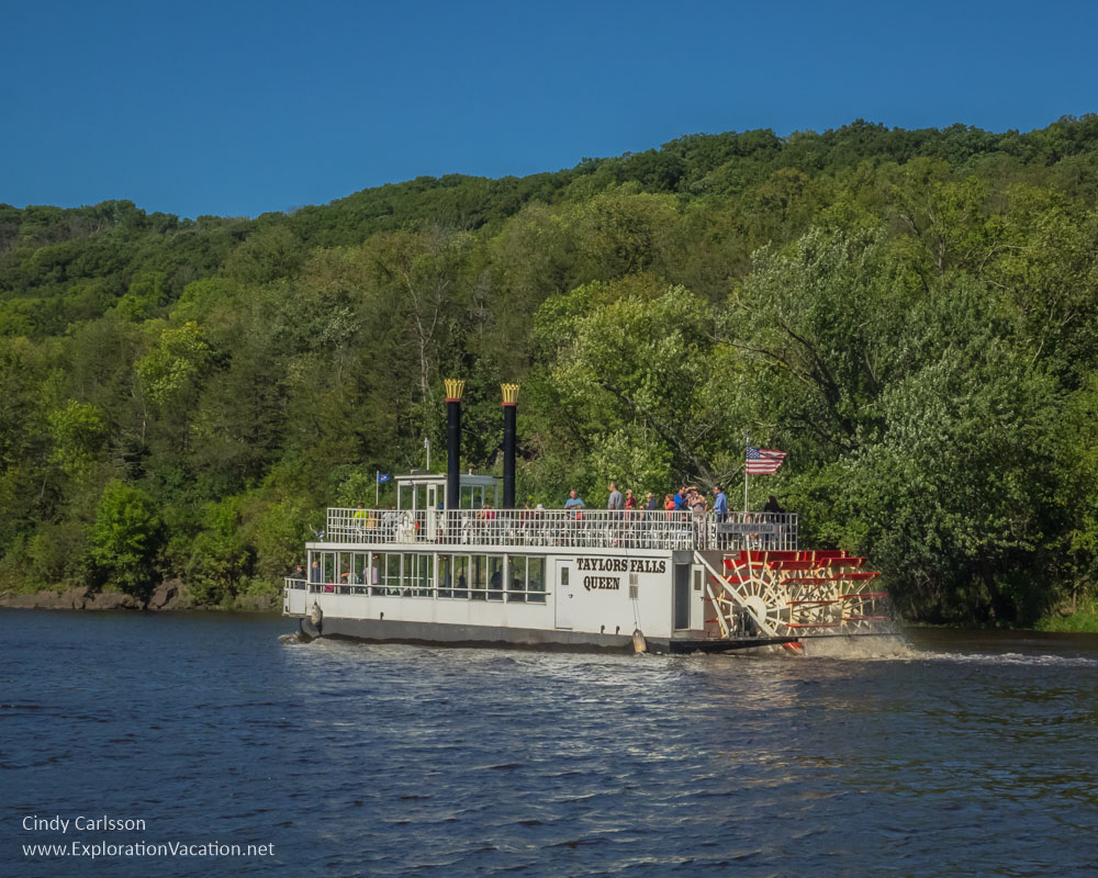 cruising the St Croix Minnesota's Interstate Park - www.ExplorationVacation.net