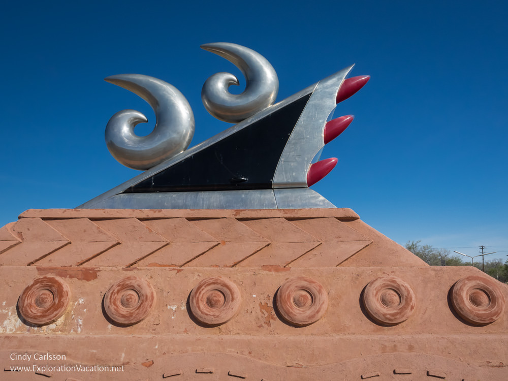 sculpture of stylized fins like those on 50s era cars on the Route 66 Monument