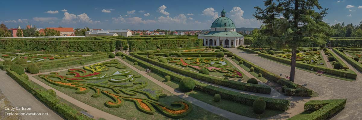 panoramic view of formal Baroque garden and rotunda