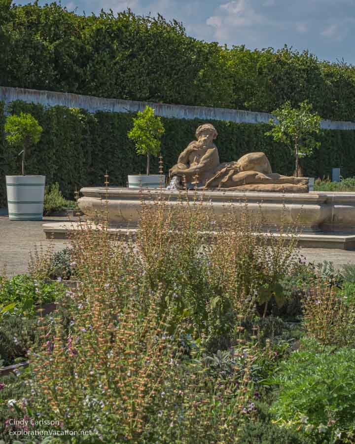 herbs with fountain and statuary