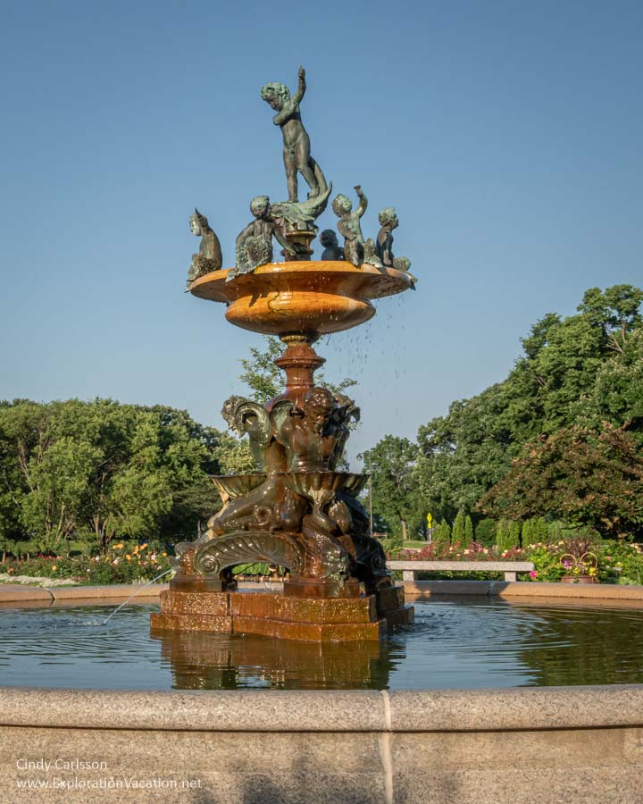 Italian fountain with figures