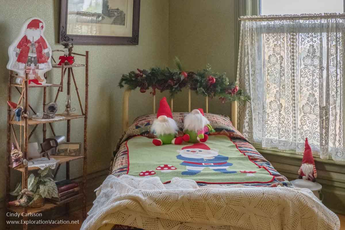bedroom with Danish nisse (gnomes)