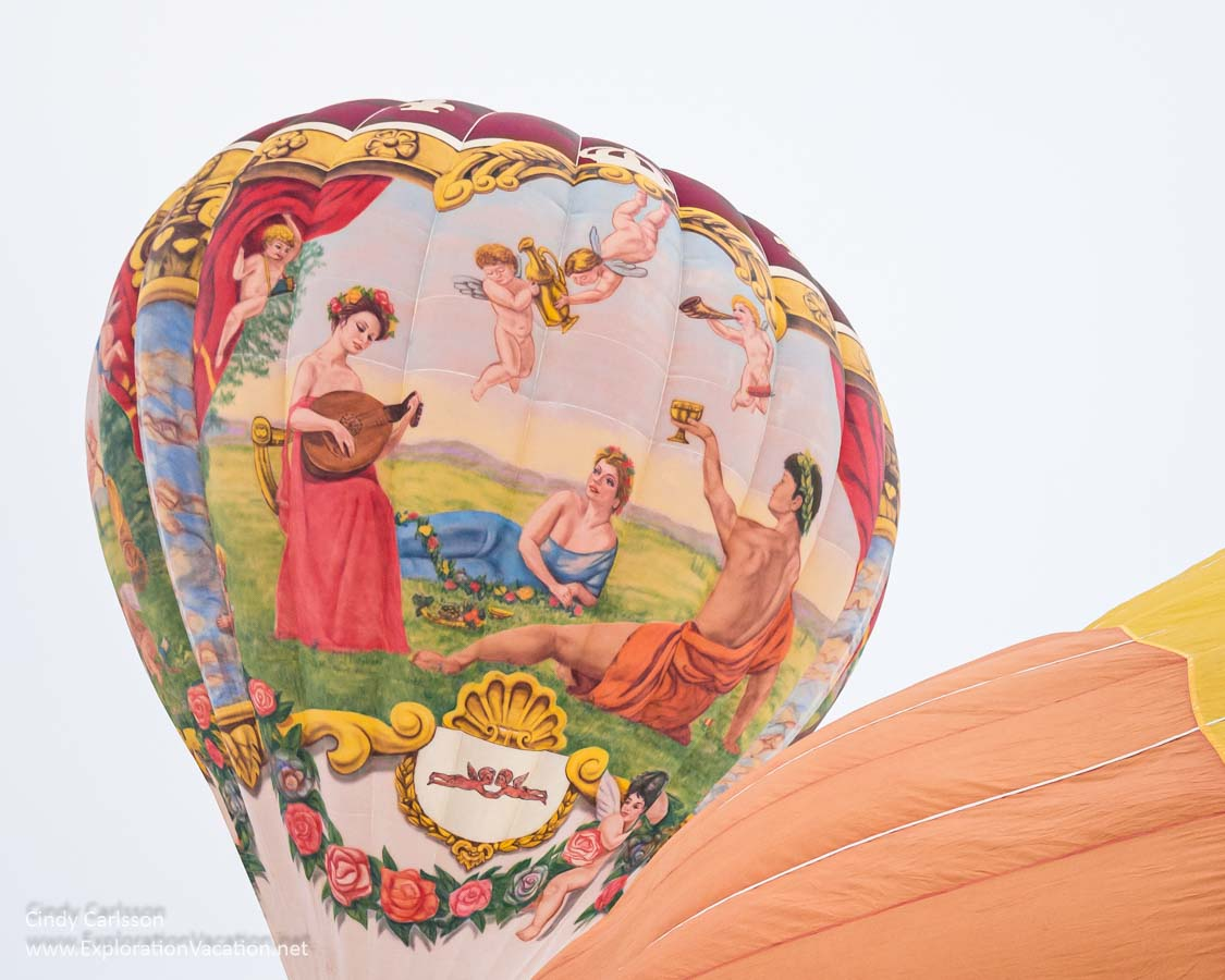 balloon with Greek or Roman mythological scene